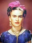 Frida sincera. Sobrancelhas assumidas. Lindas.